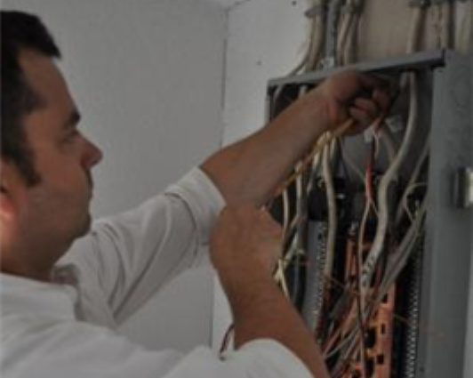 How to Find the Best Electrical Contractor
